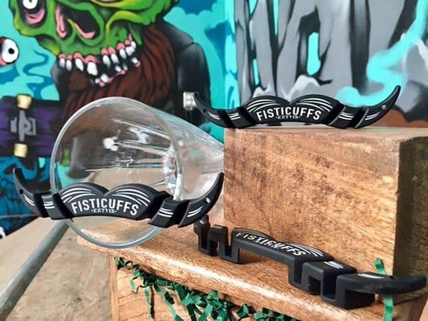 "Накладка на кружку Fisticuffs™ ""MoGuard"" Mustache drink guard, фото 1"