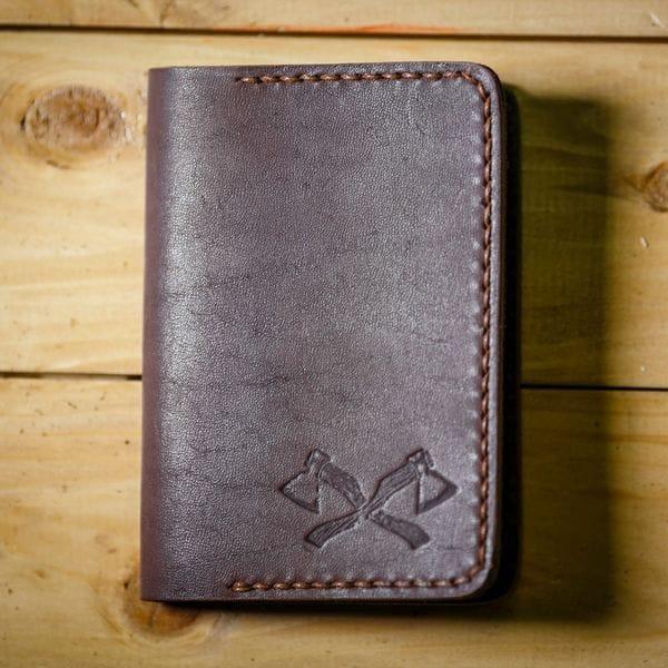 Мужская обложка для паспорта Varvar Brown, купить в интернет-магазине Brutalbeard