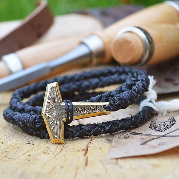Оригинальный мужской браслет в славянском стиле с молотом тора Varvar Pagan Hammer round black, фото 1