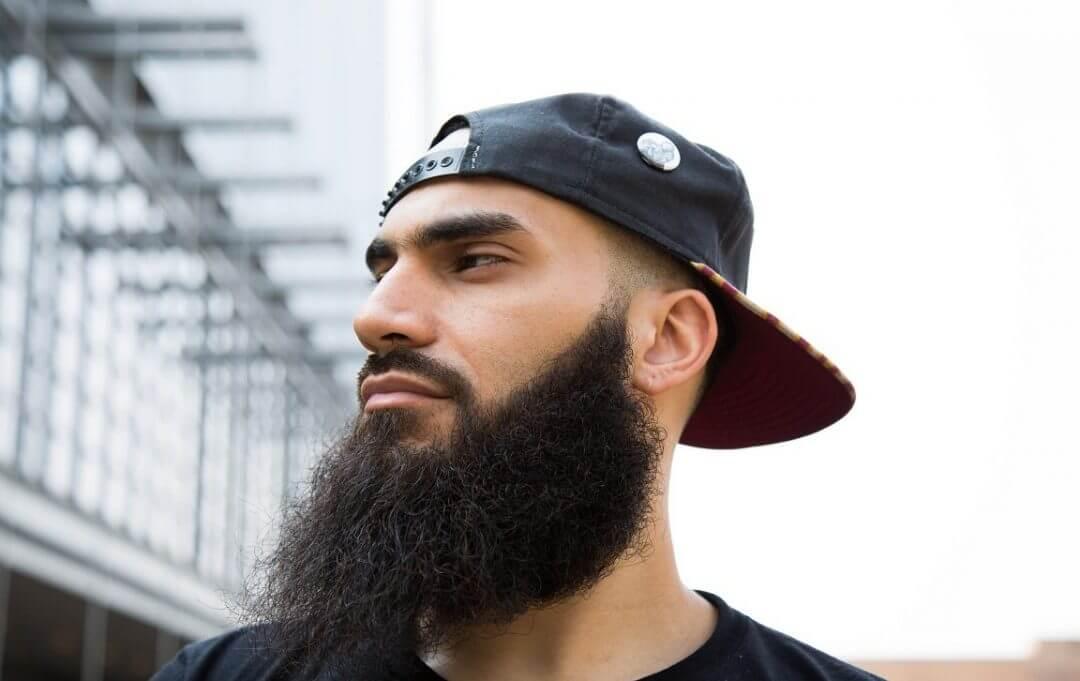 Лощеная борода