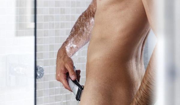 Сбрить волосы на лобке